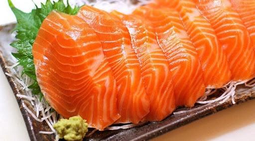 Các cách loại bỏ mùi tanh của cá hồi hiệu quả