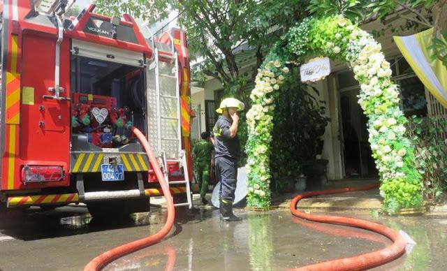 Cách lau dọn nhà ám khói sau cháy