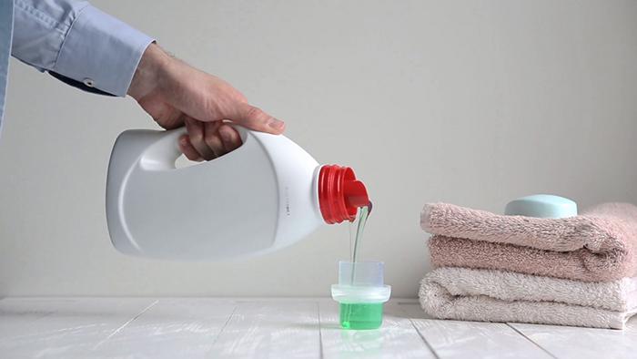 Cách lau kính giúp bạn làm sạch dễ dàng và nhanh chóng
