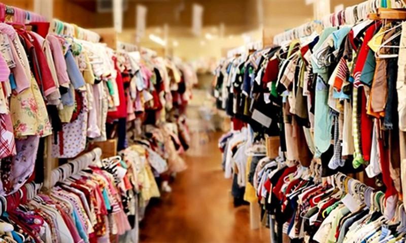 Đánh bay mùi hóa chất độc hại trên quần áo