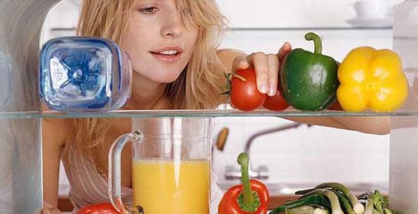 Đánh bay mùi hôi trong tủ lạnh hiệu quả nhất với máy ozone khử mùi