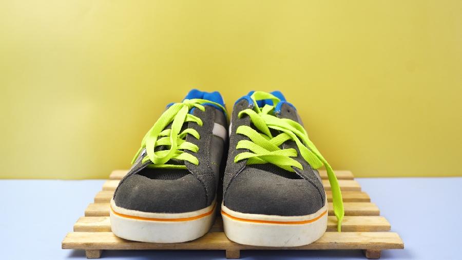 Giúp bạn loại bỏ hết mùi hôi giày nhanh chóng
