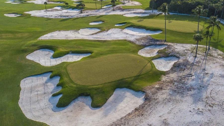 Hiểm họa về môi trường đất và nước từ các sân Golf