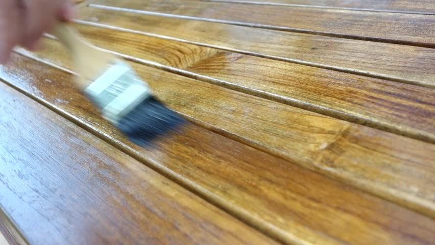 Khử mùi sơn gỗ trong phòng nhanh chóng và hiệu quả