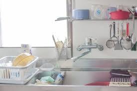 Khử mùi tanh khó chịu của cá còn lưu lại trong phòng bếp
