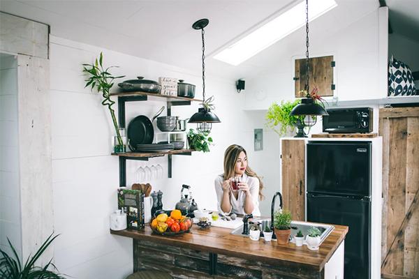 Mẹo vặt cực hay để khử mùi và làm sạch vật dụng nhà bếp