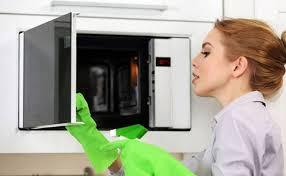 Một số mẹo vặt khử mùi hôi trong lò vi sóng với  máy ozone khử mùi