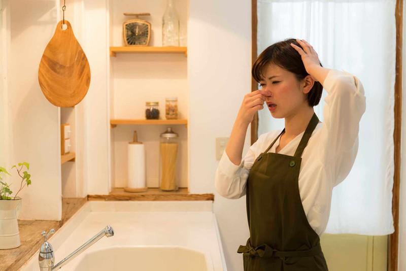 Một vài cách xử lí mùi hôi cống rãnh đơn giản bằng Máy khử mùi nhà vệ sinh
