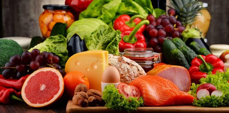 Những lưu ý trong việc ăn uống để bảo vệ dạ dày cho bạn