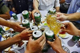 Tác hại của rượu bia tương đương gánh nặng về sức khỏe do hút thuốc