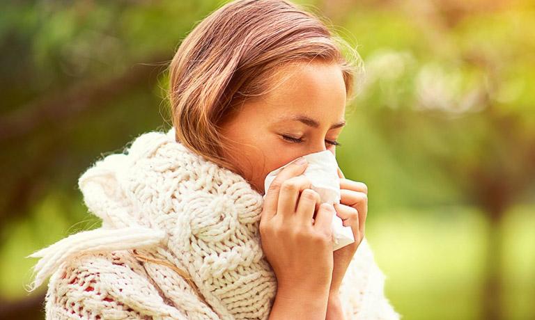 Thời điểm chuyển mùa khiến sức khỏe con người bị suy giảm