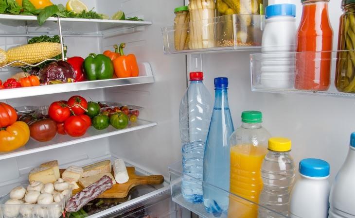 Tìm hiểu cách khử mùi tủ lạnh trong Máy tạo ozone khử mùi không khí ởbài viết này nhé