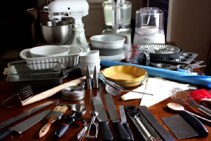 Tự trang bị cho mình các dụng cụ vệ sinh nhà bếp