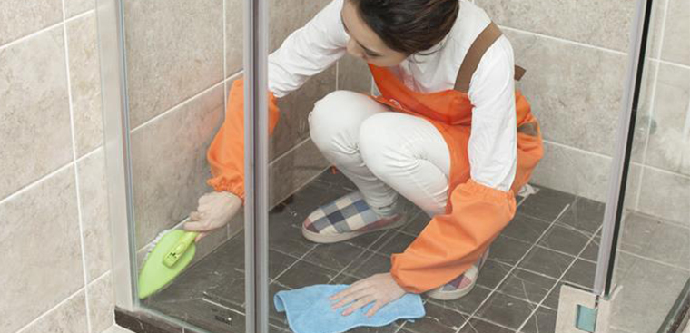 Vật dụng khử mùi hôi trong nhà vệ sinh hiệu quả