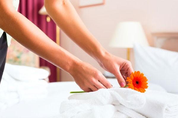Vệ sinh trong phòng khách sạn cần có của một housekeeping